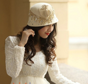 Beige Hat with Crystal Decoration