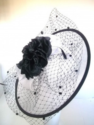 Occasion Hat SG900 (White/Navy)