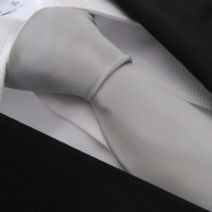 Light Silver Pianura Polyester Tie